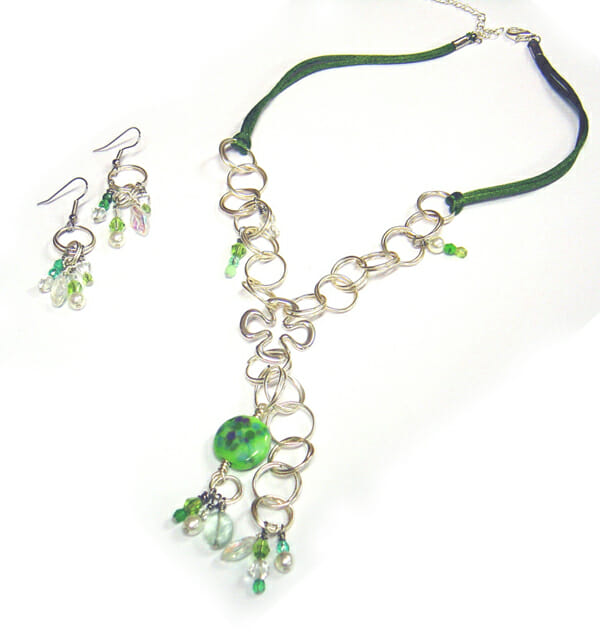 Wire jewellery ArtLinks – Clover necklace