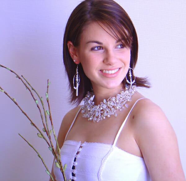 Wire jewellery – Bridal Collar