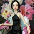 enchanted-doll-surrea-chair-of-roses-3a